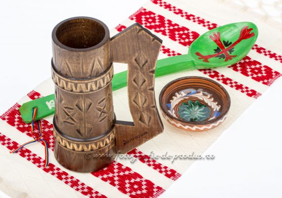 Foto produs obiecte traditionale, cana, lingura, farfurie, stergar taranesc